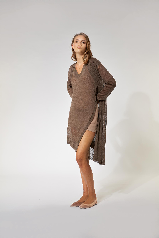Malo_Completo cardigan e gilet scollo a V in lino stretch marrone terra (2)