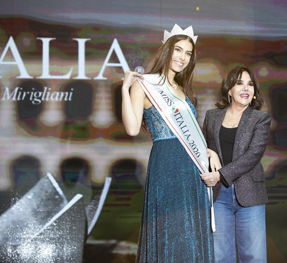 Miss-Italia-e-Martina-Sambucini-PM_2020-ROMA