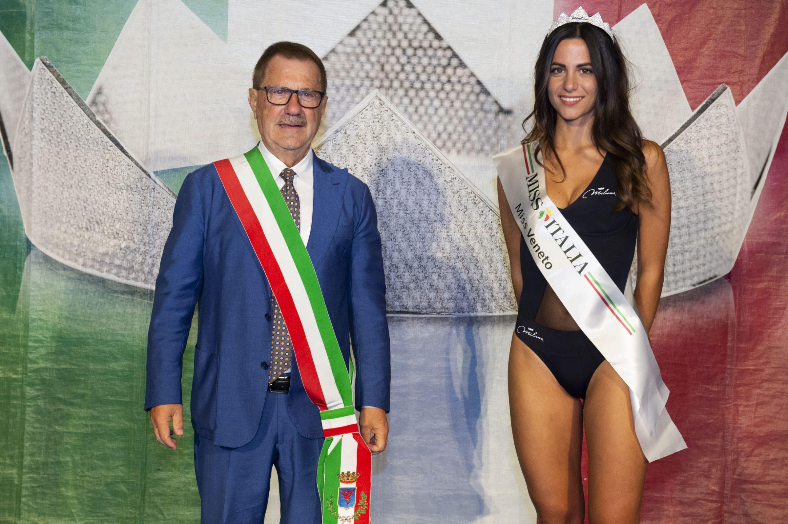 Nicole Cogo con il Sindaco Valerio Zoggia